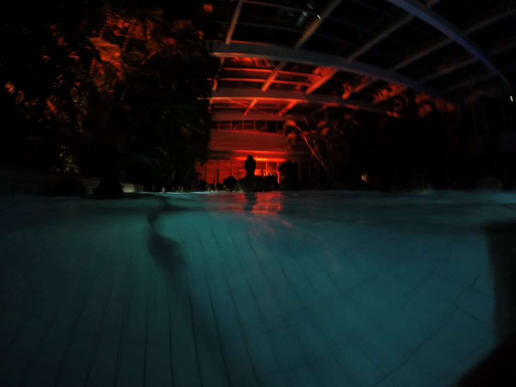 Nightswimming aux Bains de Cressy