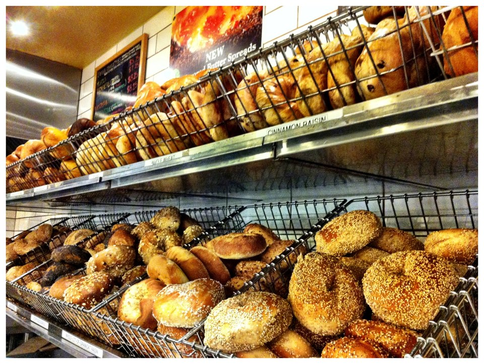 nycthe-bagel-store3